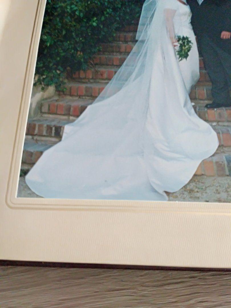 400,00€ · Vendo vestido novia · Vestido novia marca Pronovias color ...