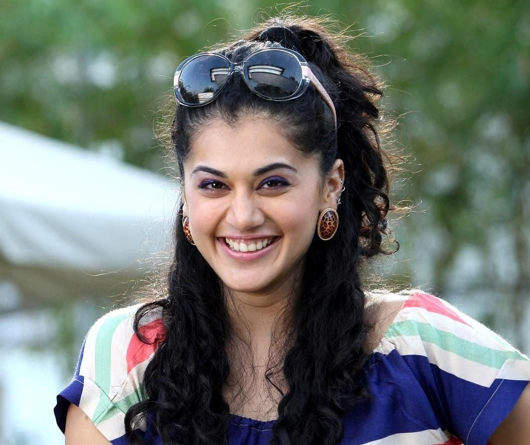 Is a cute Taapsee Pannu nudes (74 images), Topless