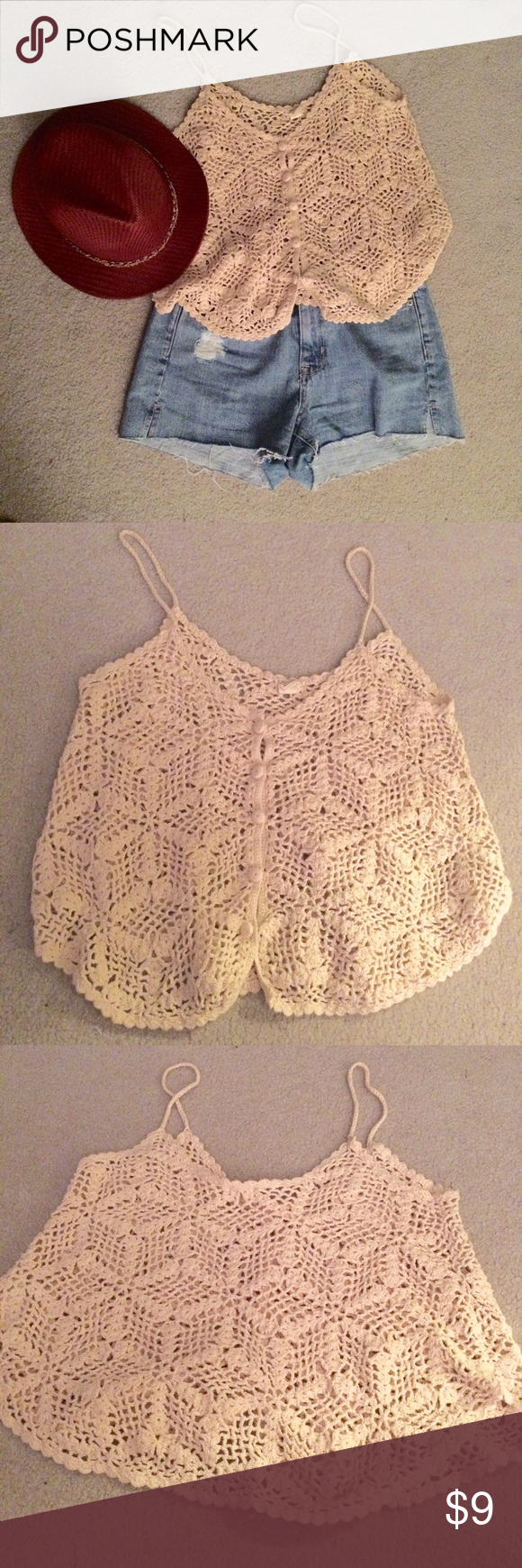 Forever 21 beige crochet crop top Sz m Swingy crochet perfect for Summer. Great festival top. Worn once. Great condition. Forever 21 Tops Crop Tops
