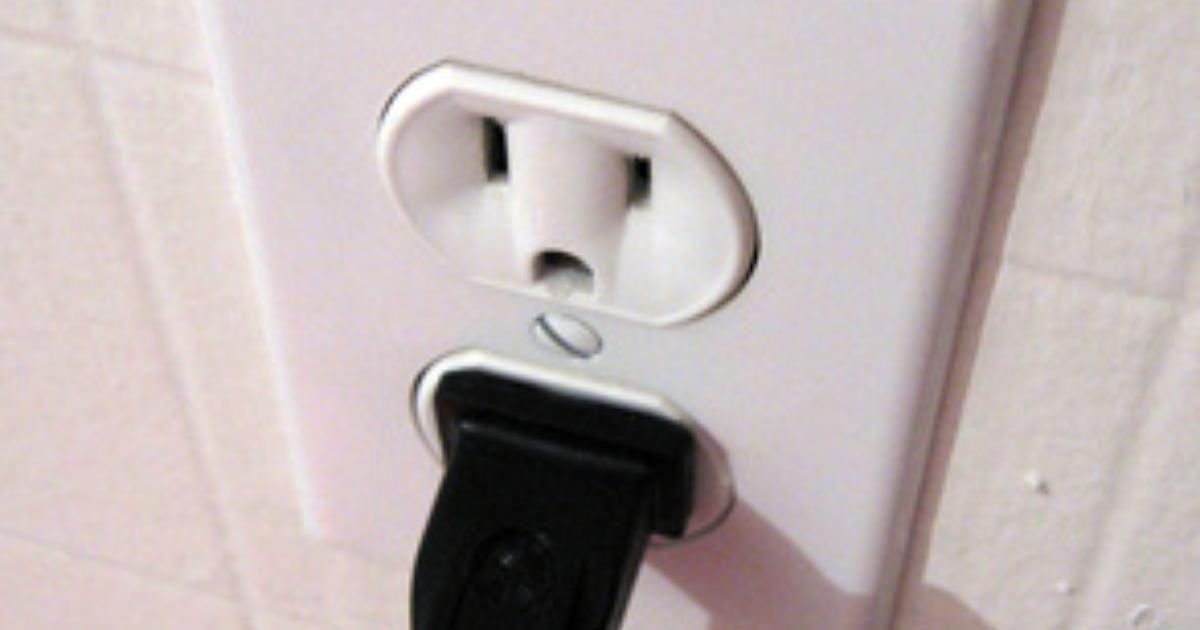 Como Instalar Un Enchufe Electrico De 3 Patas Enchufe Electrico Enchufe Ventiladores De Techo