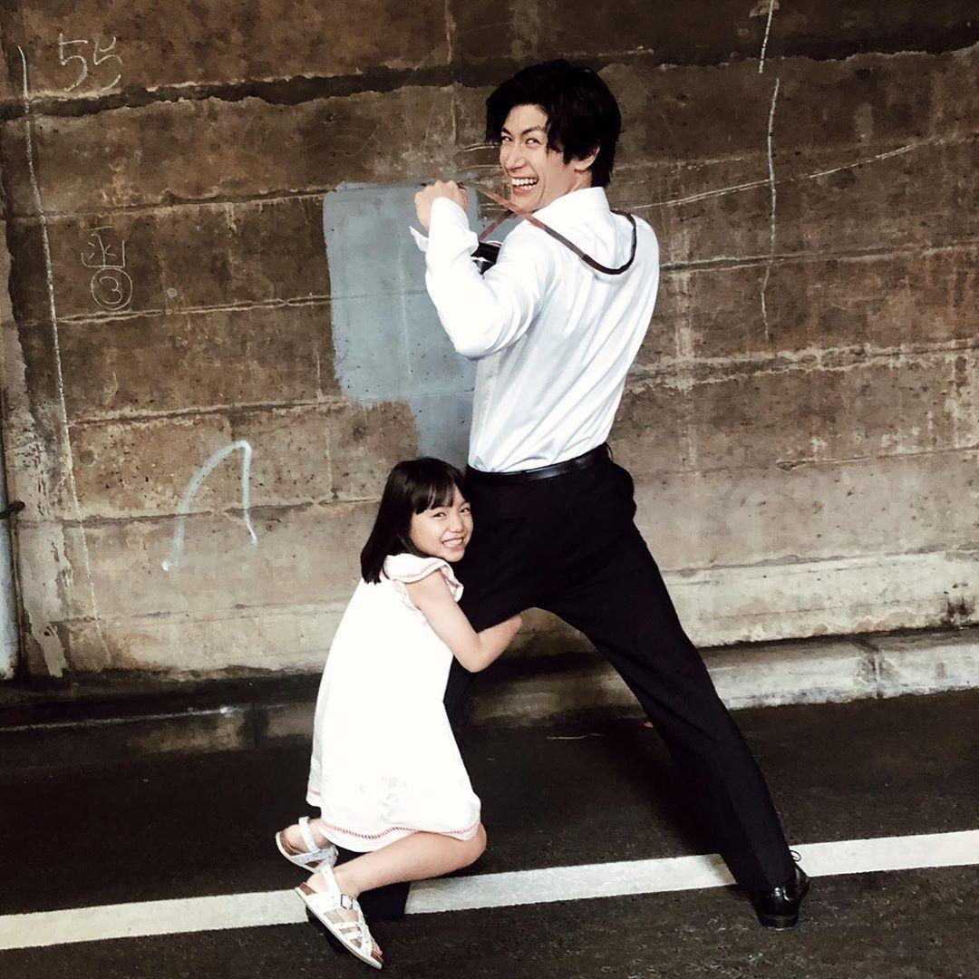 Haruma Miura 三浦春馬さんはinstagramを利用しています しがみつく はなちゃん Photo By Spring Roll 俳優 美しい人 三浦春馬