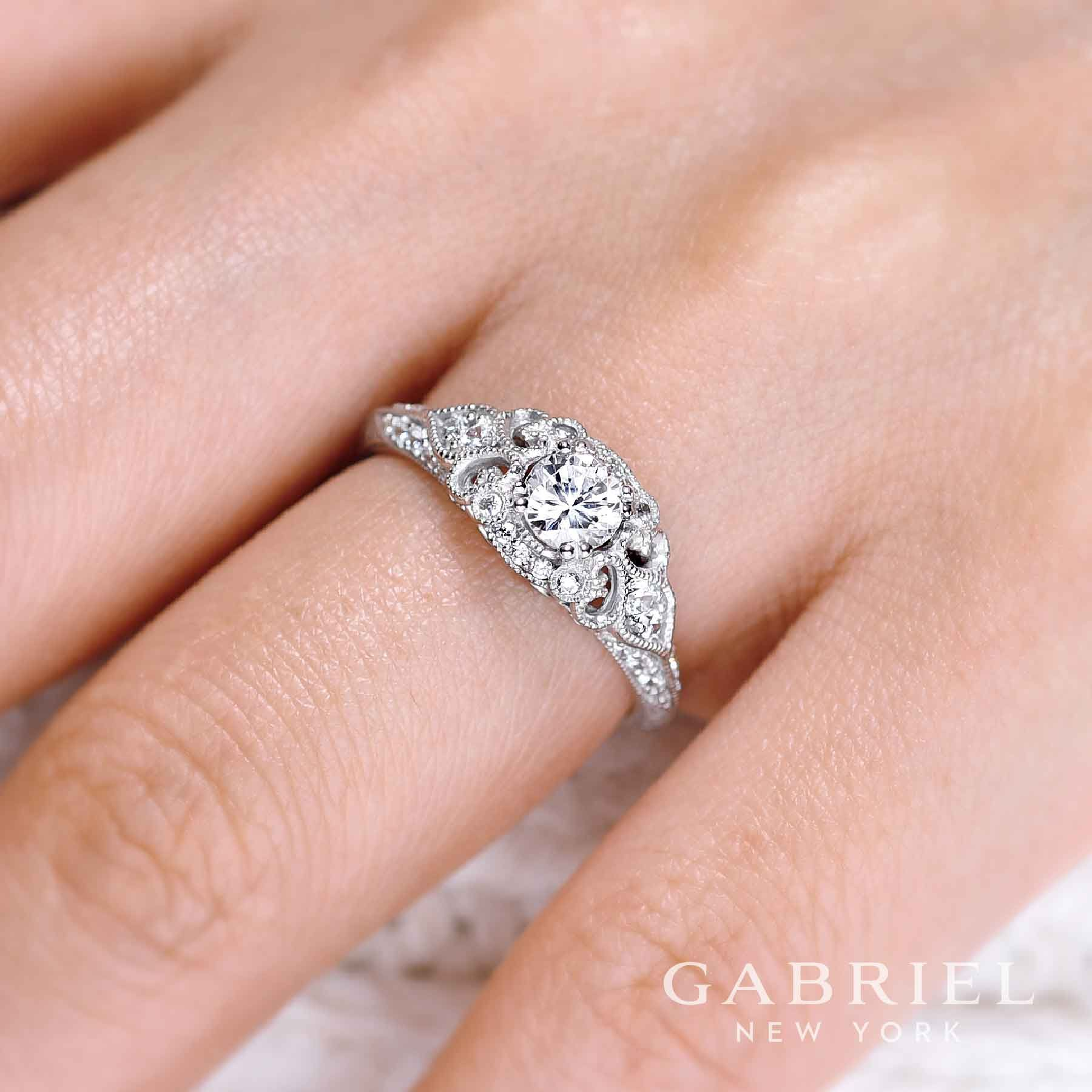 Vintage 14k White Gold Round Halo Diamond | Engagement Rings ...