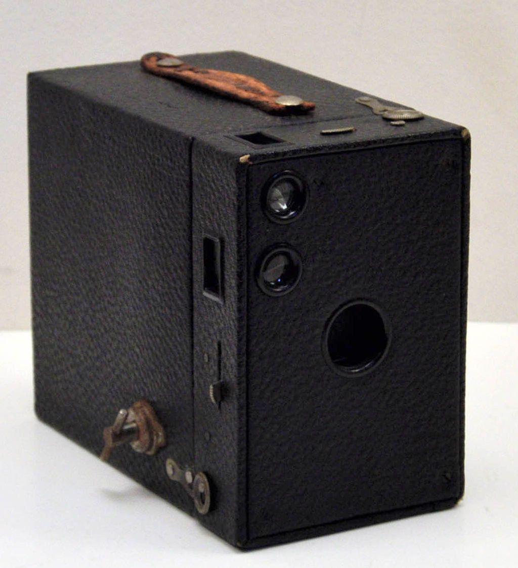 Vintage Brownie Camera 101