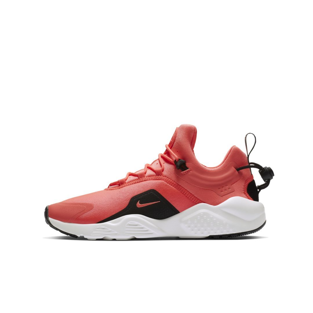 huge discount 1b30f f6336 Nike Air Huarache City Move Women s Shoe Size 11 (Lava Glow)