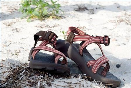 How to Clean Chacos | How to clean chacos, Hiking sandals