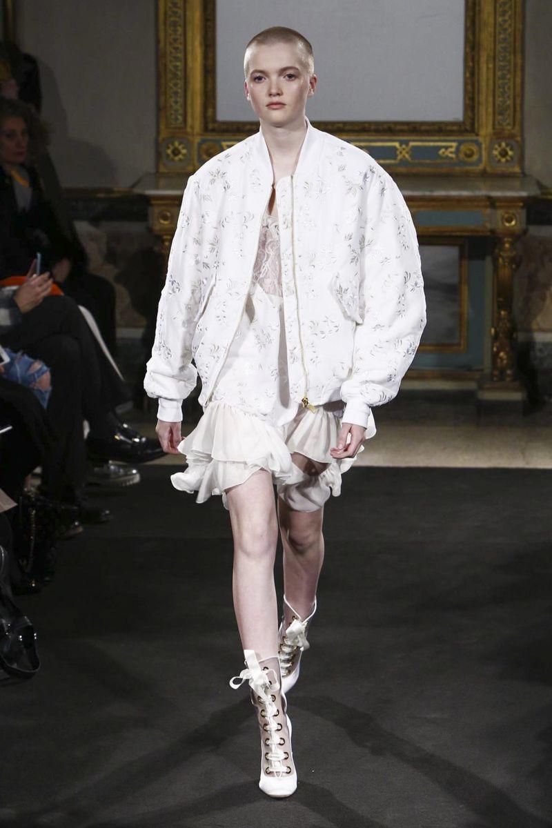 Francesco Scognamiglio Fashion Show Ready to Wear Collection Fall Winter 2016 in Milan