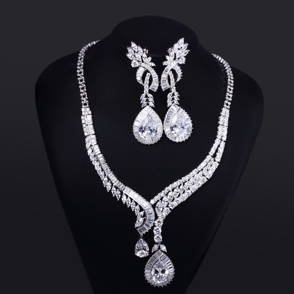5b870264e Find More Jewelry Sets Information about Luxury Jewelry Sets for Women  wedding Party Real gold plated White CZ Crystal Necklace & Earrings 2pcs  sets Free ...