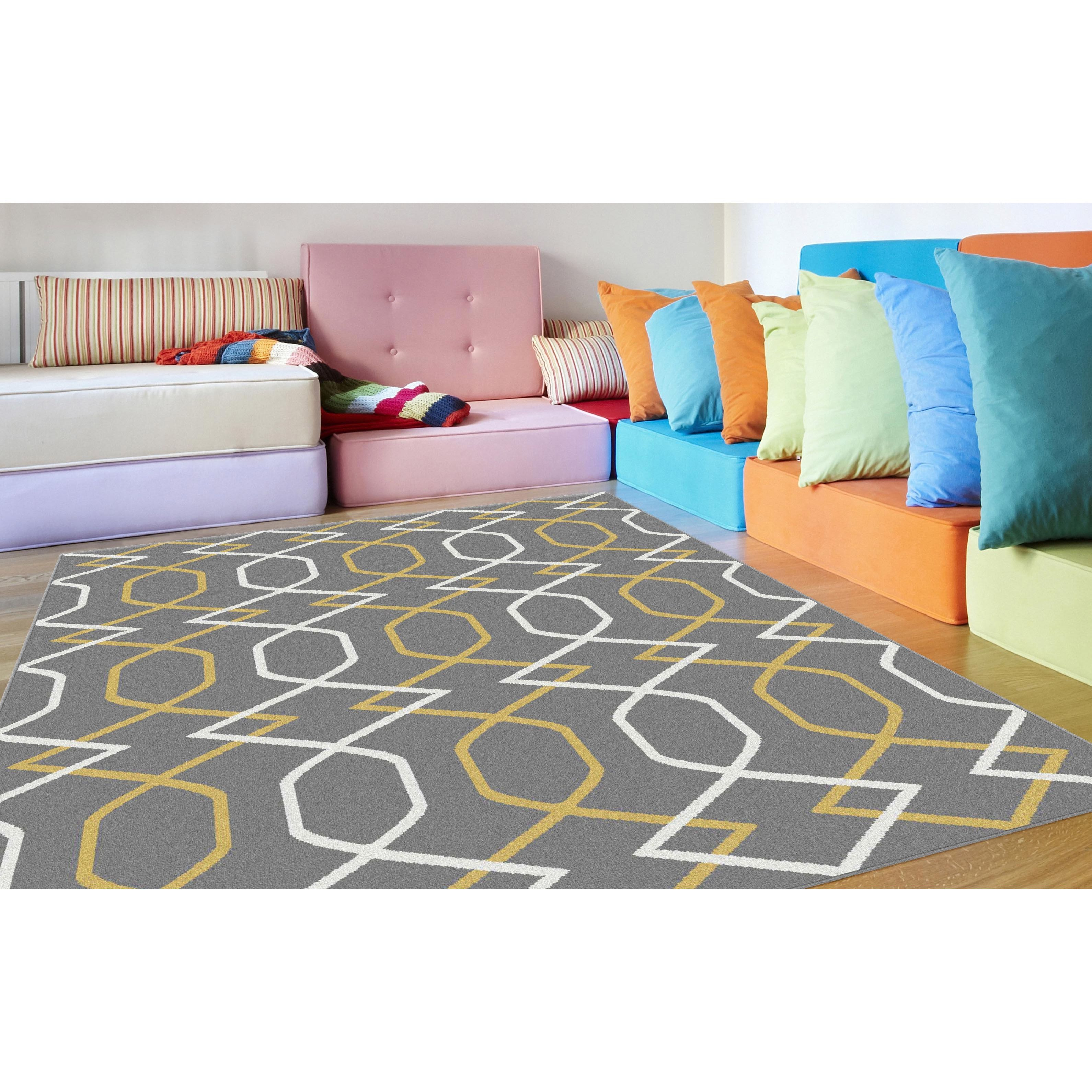 This contemporary home decor accent rug has a fresh geometric design that adds energy to a room. This rug has a plush feel, high density polypropylene fibers made with quality construction to ensure long indoor wear.