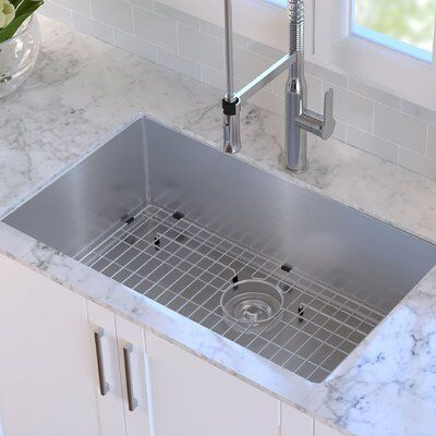 Kraus Standart Pro 32 L X 19 W Undermount Kitchen Sink With Drain Assembly In 2020 Apron Sink Kitchen Single Bowl Kitchen Sink Sink