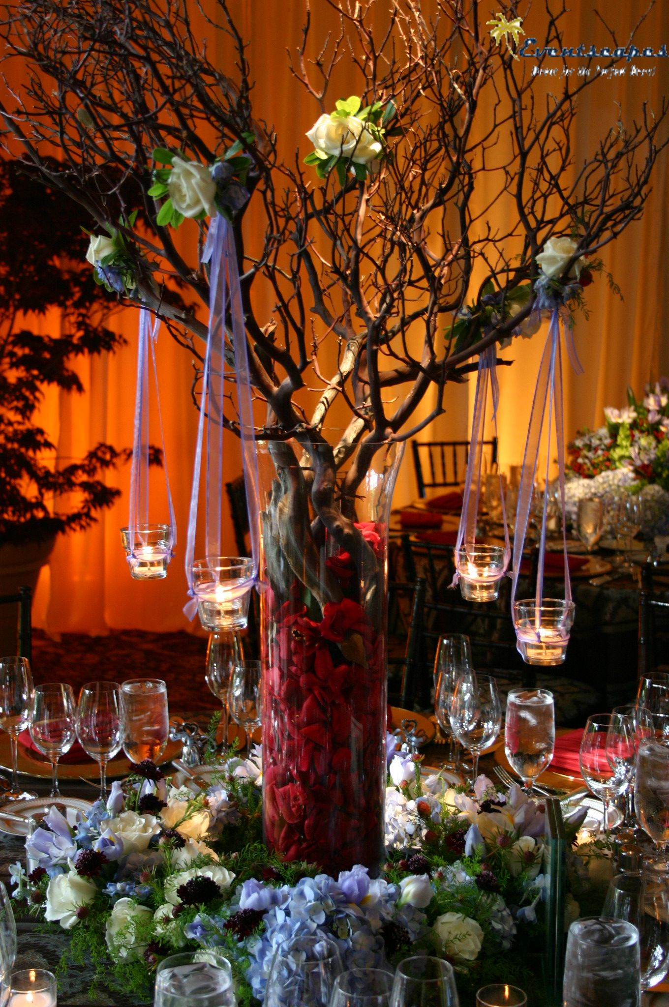 Centerpieces with branches and candles advantages of