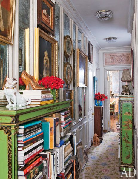 Iris Apfel's Textile Rich New York Apartment and Spring