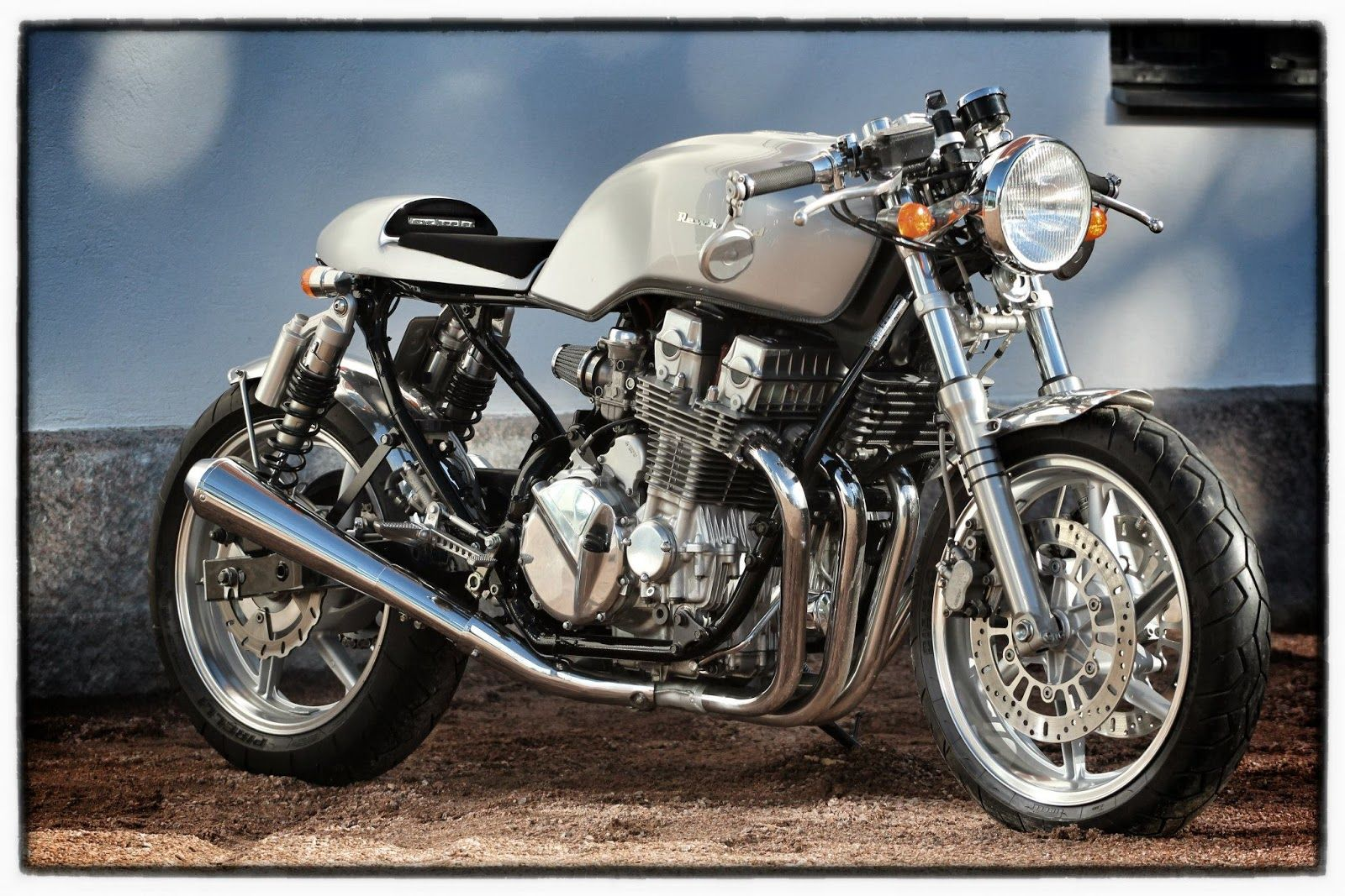 honda cb 750 cafe racer re-wheeledre-cycles bikes. what a nice