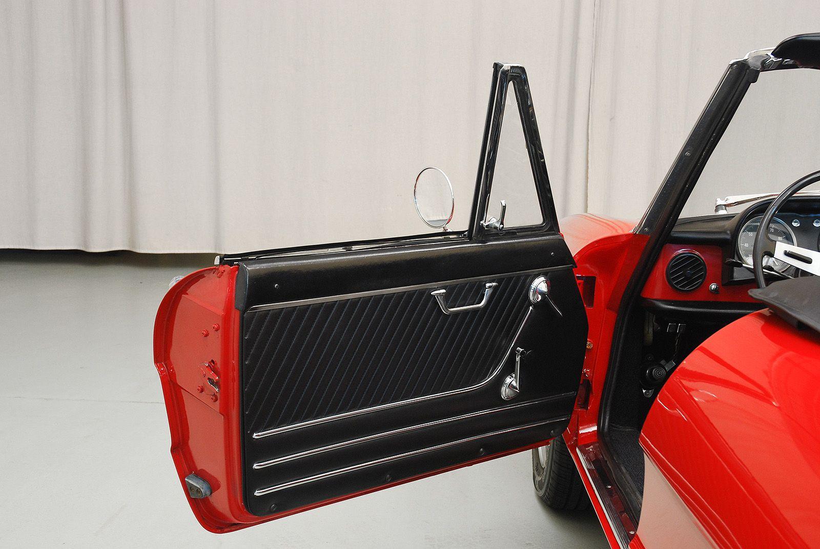 1967 Alfa Romeo Duetto Conv - Hyman Ltd. Classic Cars | Duetto ...