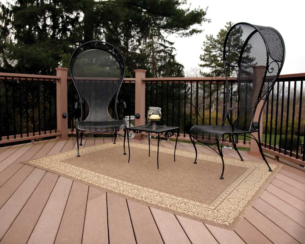 Made From All Weather Polypropylene Pile With A Natural Jute Warp These Rugs Resist Water Mold And Mildew Are Easy To Clean Just Spray Hose