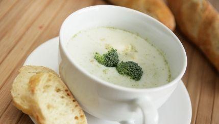 طريقة عمل شوربة الشوفان البيضاء Cream Of Broccoli Soup Recipes Cream Of Broccoli