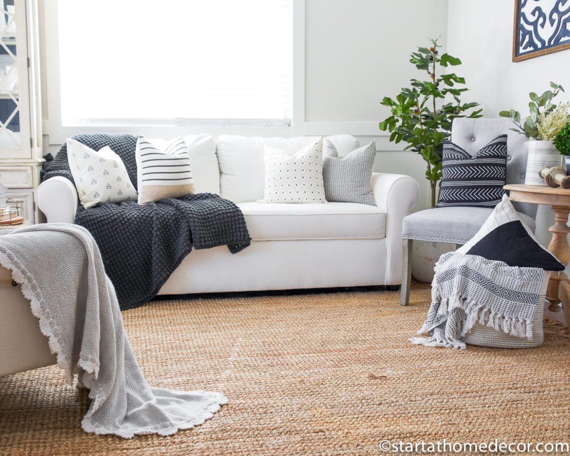 how to use decorative pillows how to use throw pillows in your decor throw pillows  decor  pillows how to use throw pillows on a bed how to use throw pillows in your decor