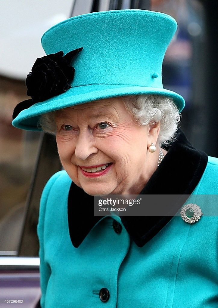 Queen Elizabeth II visits the crypt of Thomas Moore at the