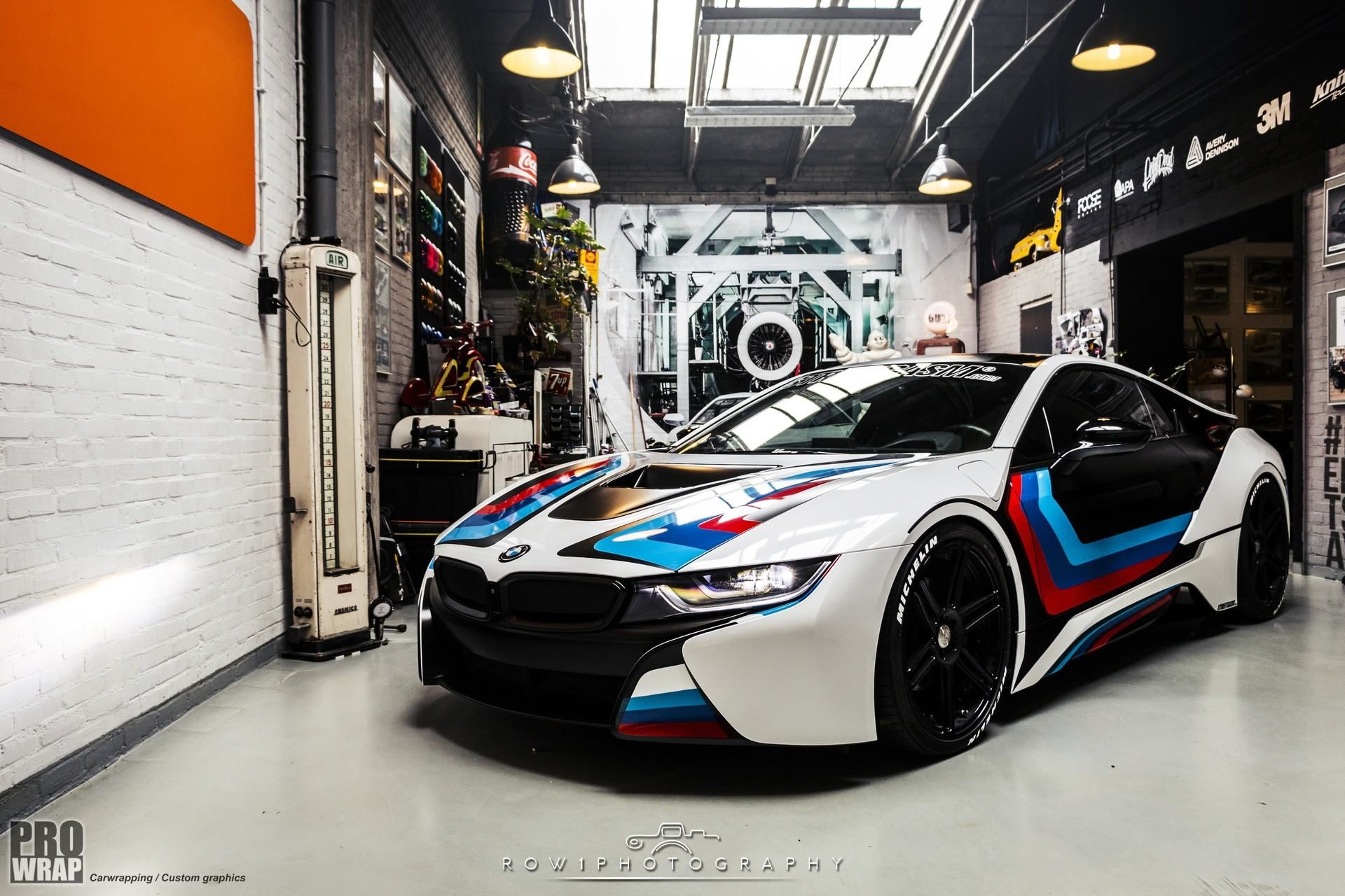 Bmw I8 Edrive Coupe Burn Electric Blue Pure Air Provocative