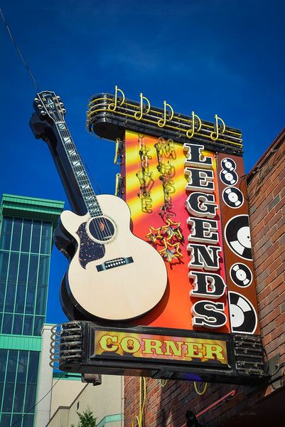 how to explore downtown nashville attractions in a day nashville nashville attractions. Black Bedroom Furniture Sets. Home Design Ideas