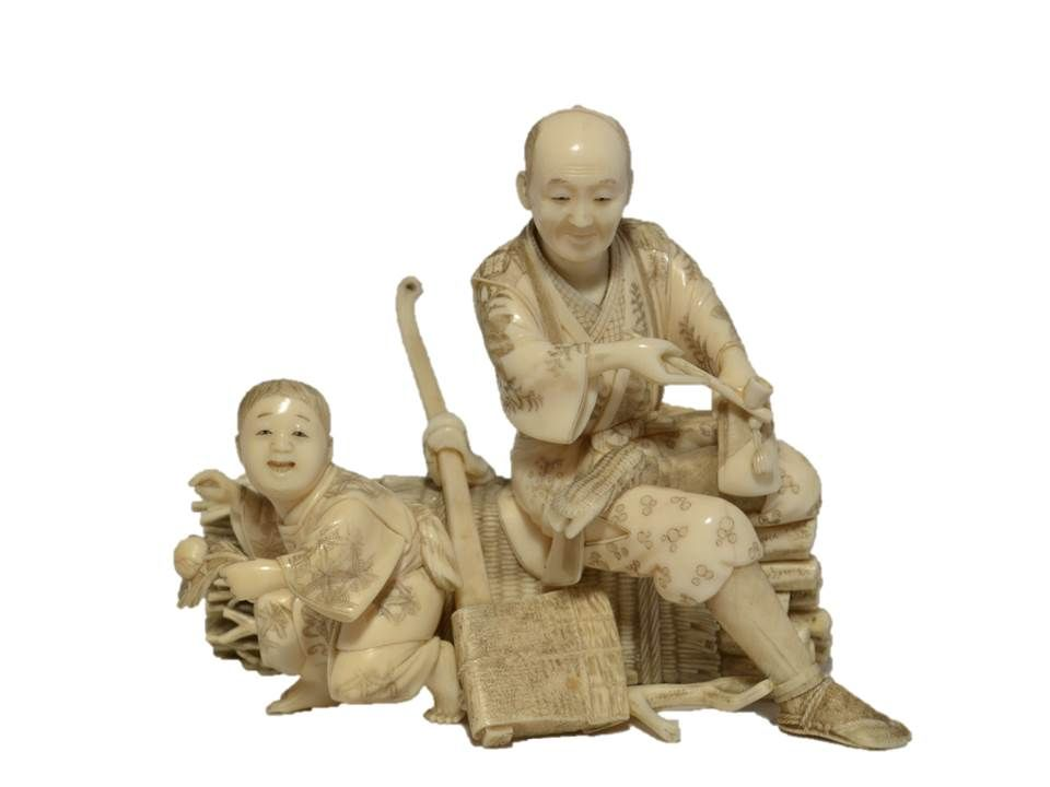 Okimono , Woodcutter