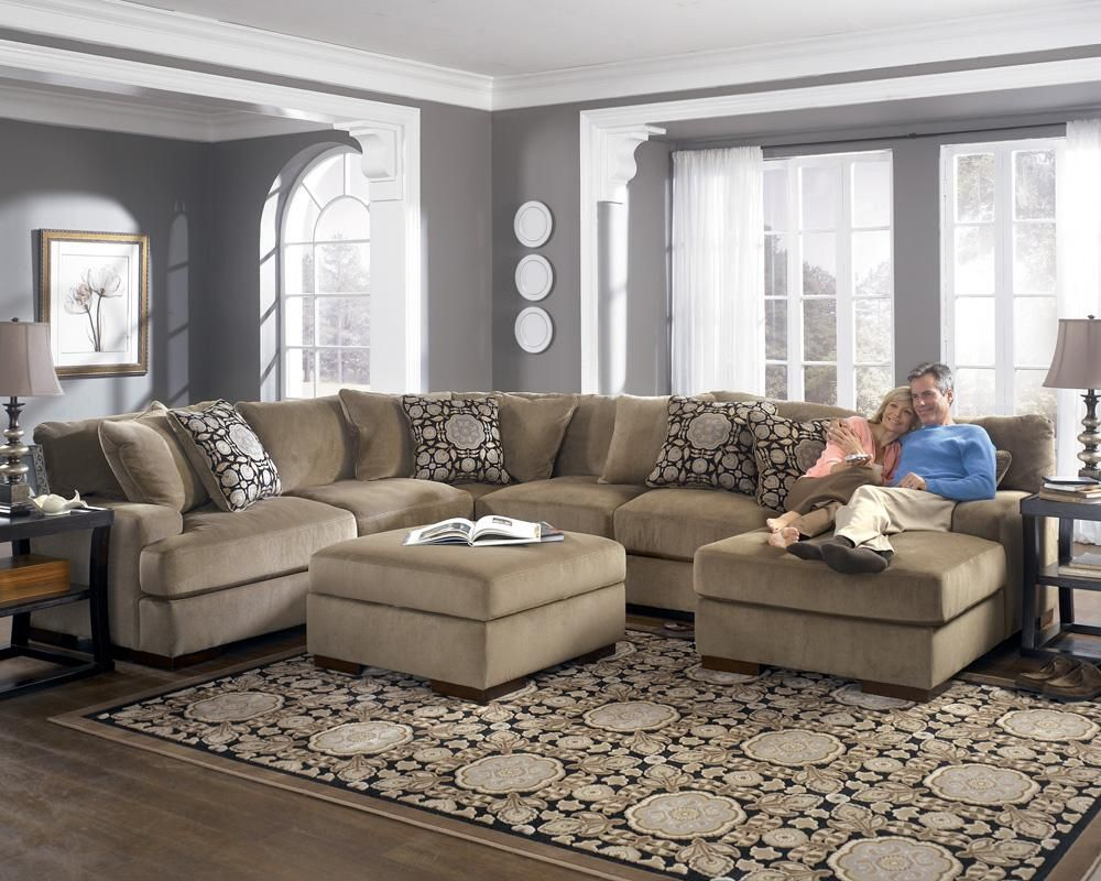Meubles Ashley Floride Grenada Mocha Sectional Sofa With Right Facing Chaise By Ashley