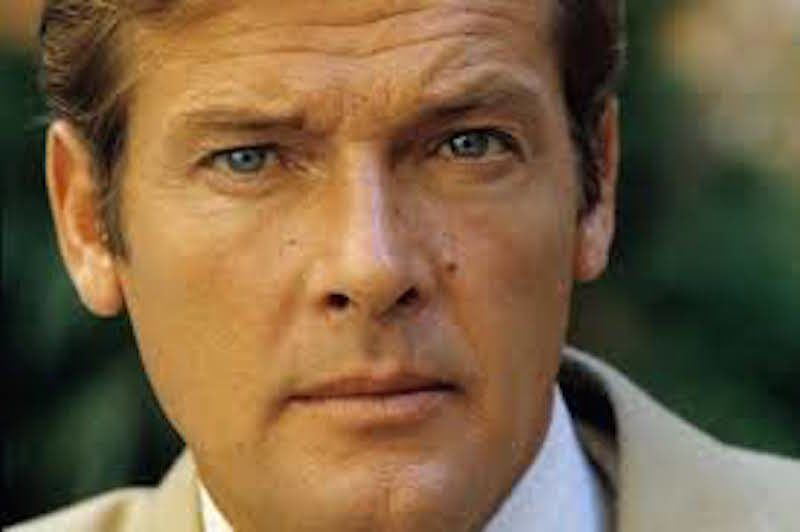 007 Actor Sir Roger Moore Dies At 89 Family Says East Roger Moore James Bond Actors Luke Bracey