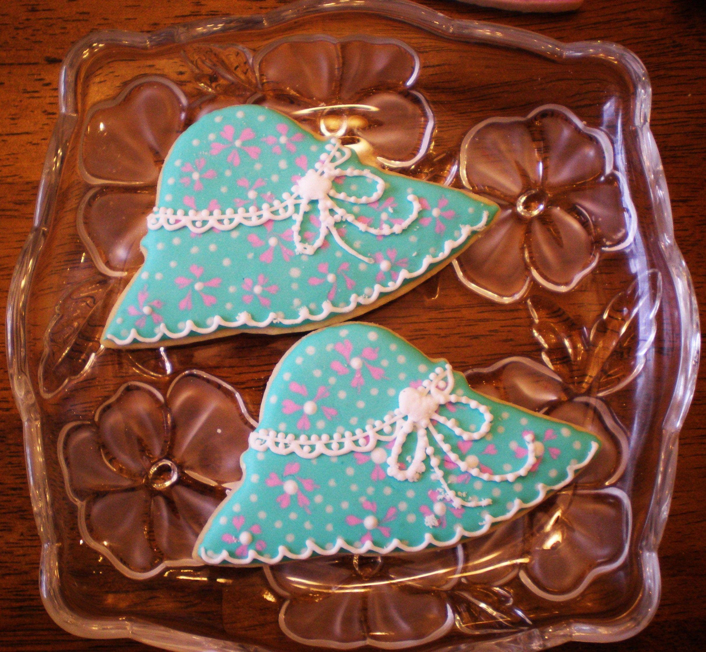 Designer Easter hat cookies by Dot Cash
