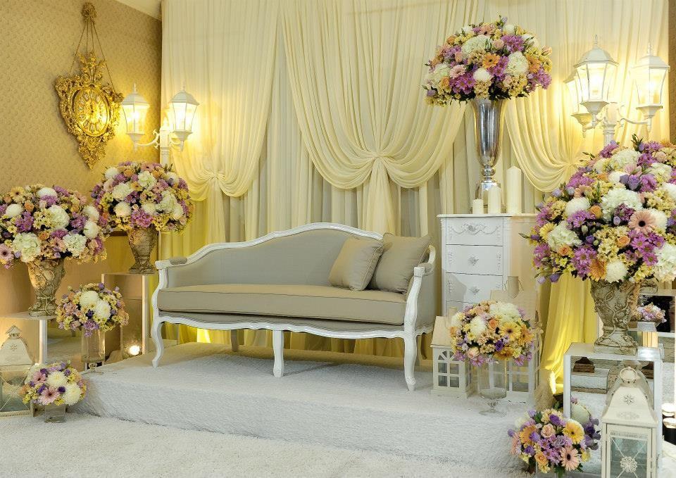 Pelamin by man kajang pelamin sanding rumah pinterest wedding wedding pelamin by man kajang junglespirit Images