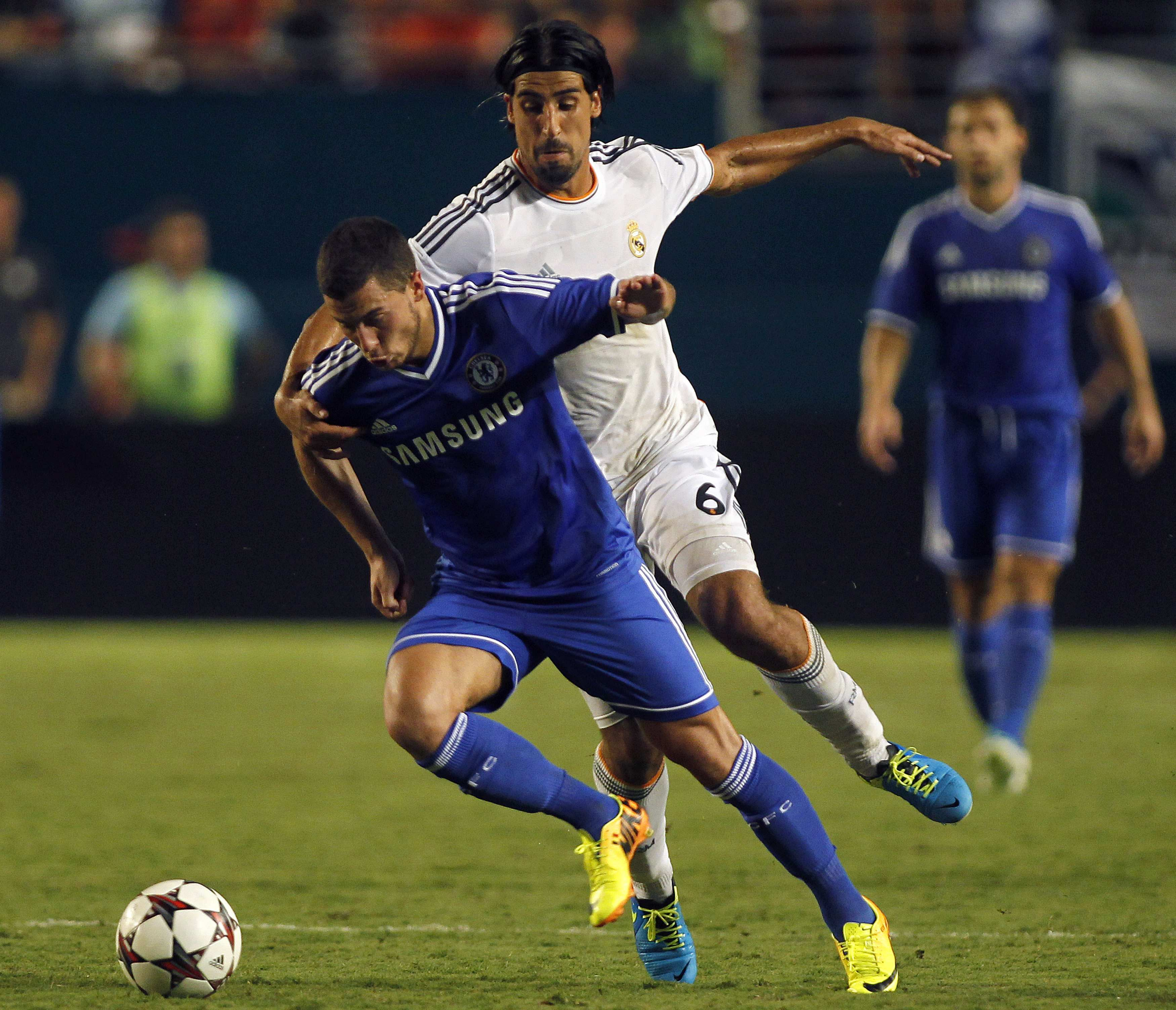 Chelsea Fc Latest News: Madrid's Midfield Destructor Would Be Perfect Foil For