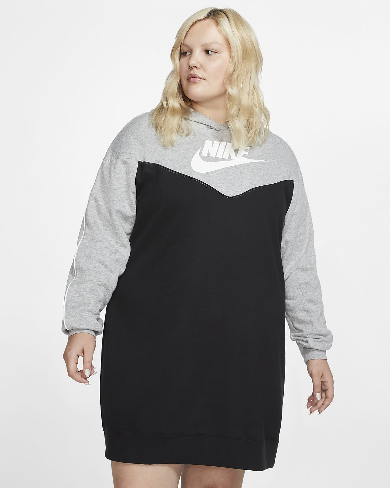 Planificado Reportero arbusto  Nike Sportswear Heritage Women's Hooded Dress (Plus Size). Nike.com    Hoodie dress, Plus size hoodies, Hooded dress