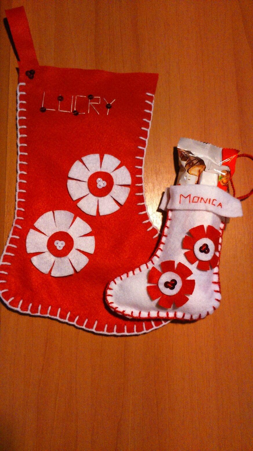 Calze Epifania fai da te, realizzate con panno lencio, lana e paillettes...