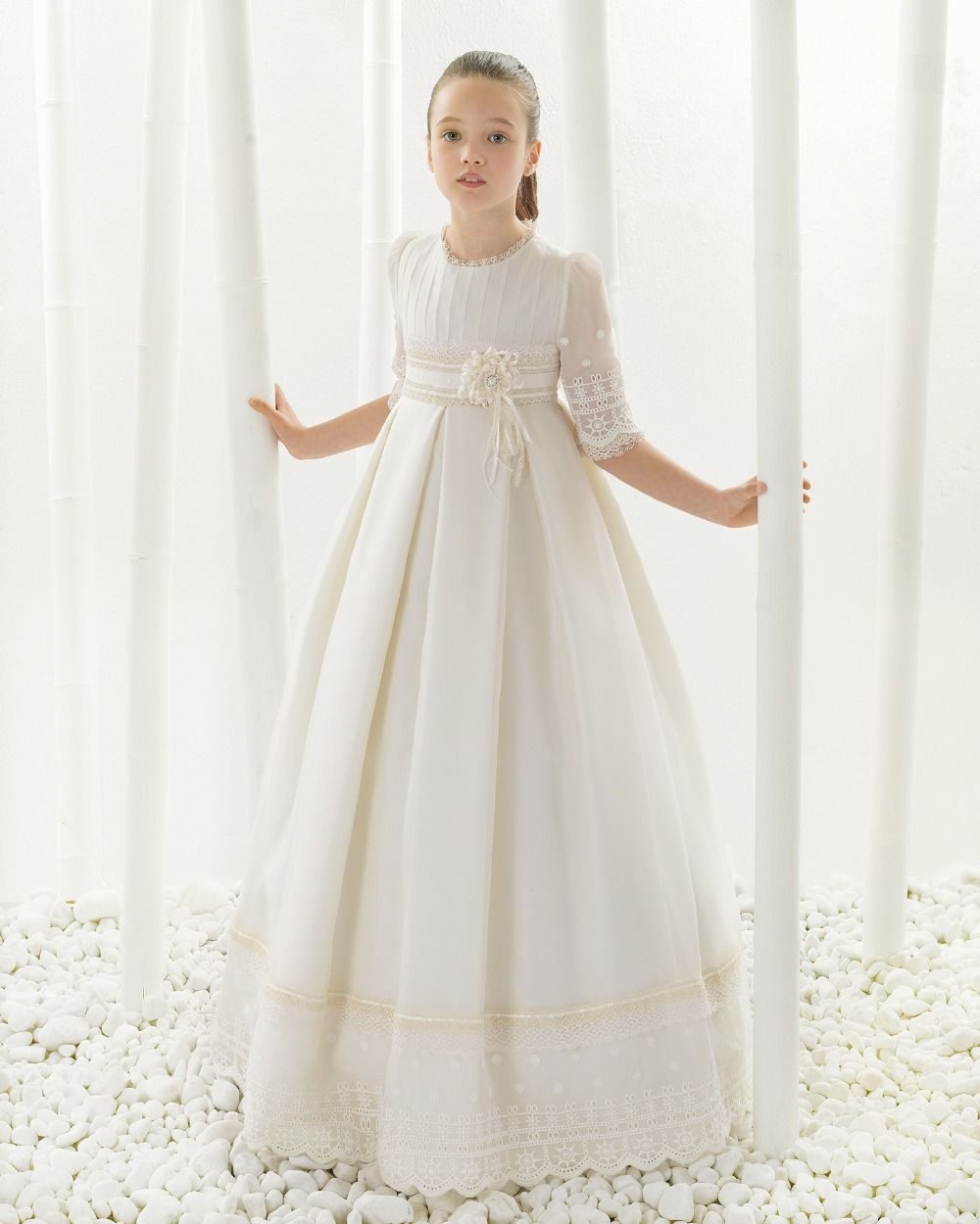 2016 First Communion Dresses For Girls Smooth Satin Ball