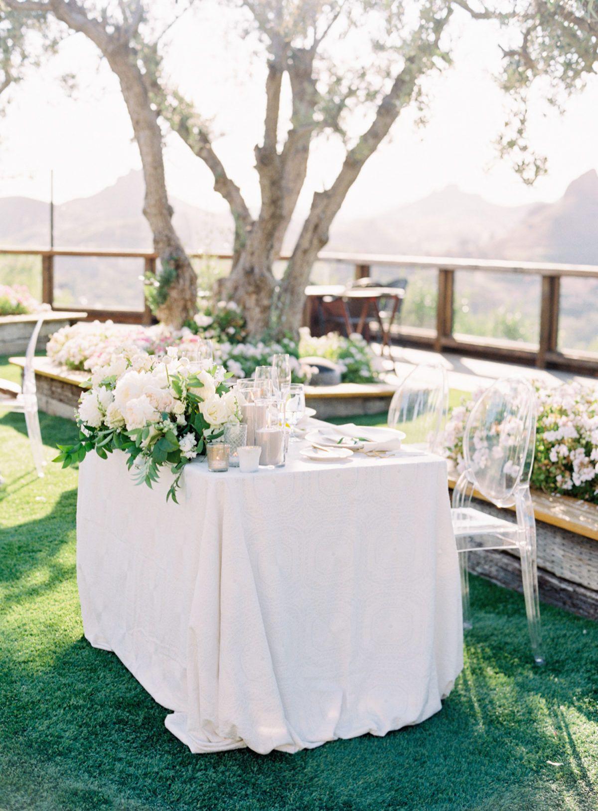 A Majestic Mountain Backdrop Makes This Malibu Wedding A Must See In 2020 Malibu Wedding Wedding Linen Rental Outdoor Wedding