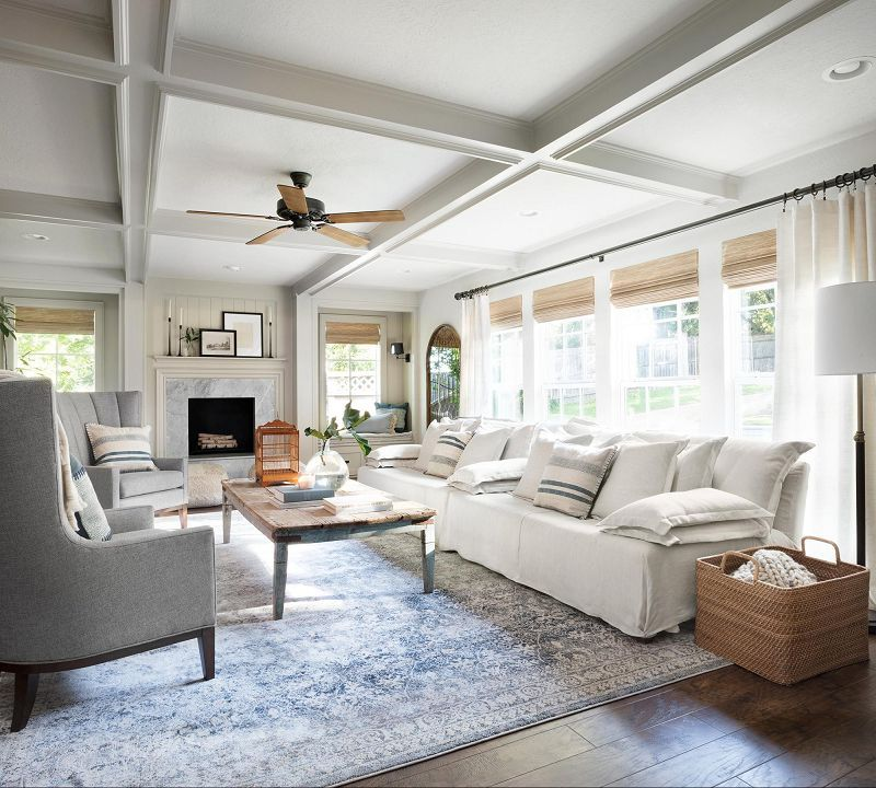 Glamorous Fixer Upper Living Room Ideas White Couch Grey Armchairs