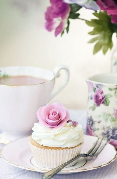 Tea time... In pink !