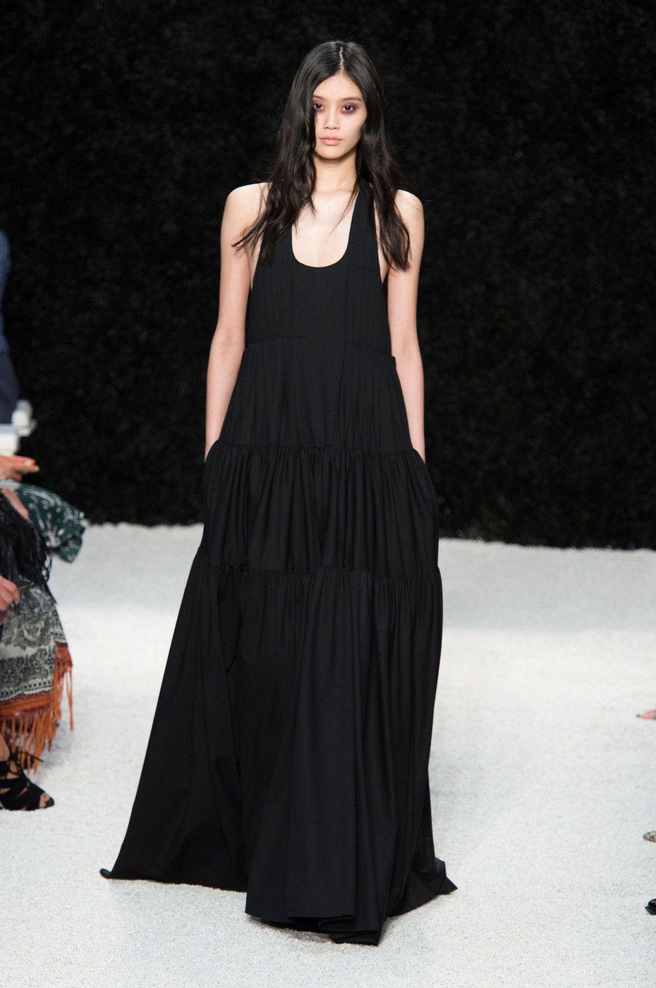 Vera Wang at New York Fashion Week Spring 2015.