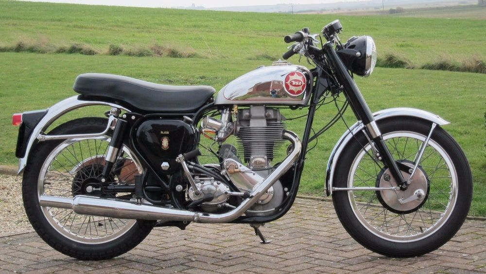 How Royal Enfield Became The Top Selling Big Bike In The World Bike Bsa Motorcycle Classic Bikes