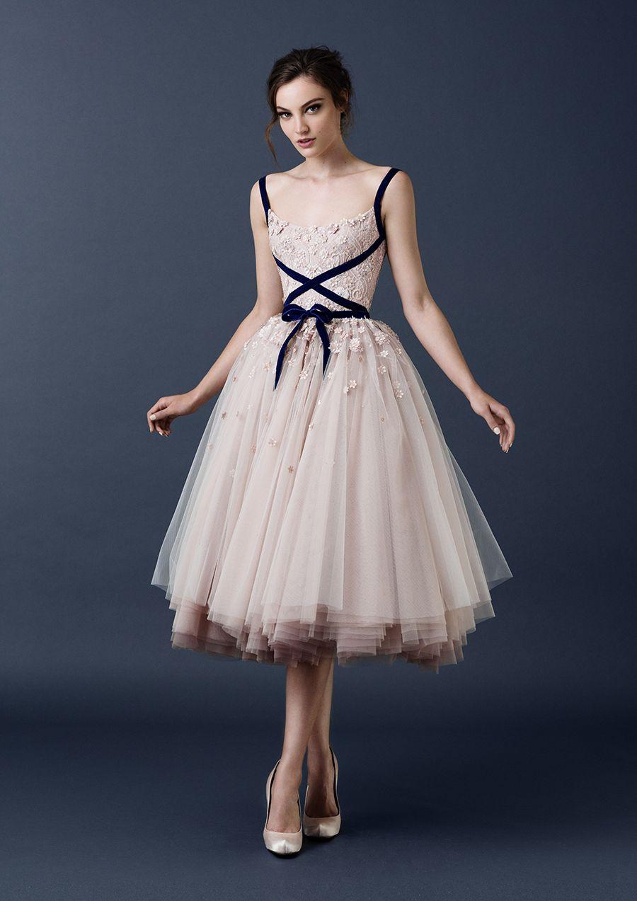 Erfreut Ballerina Stil Prom Kleid Ideen - Brautkleider Ideen ...