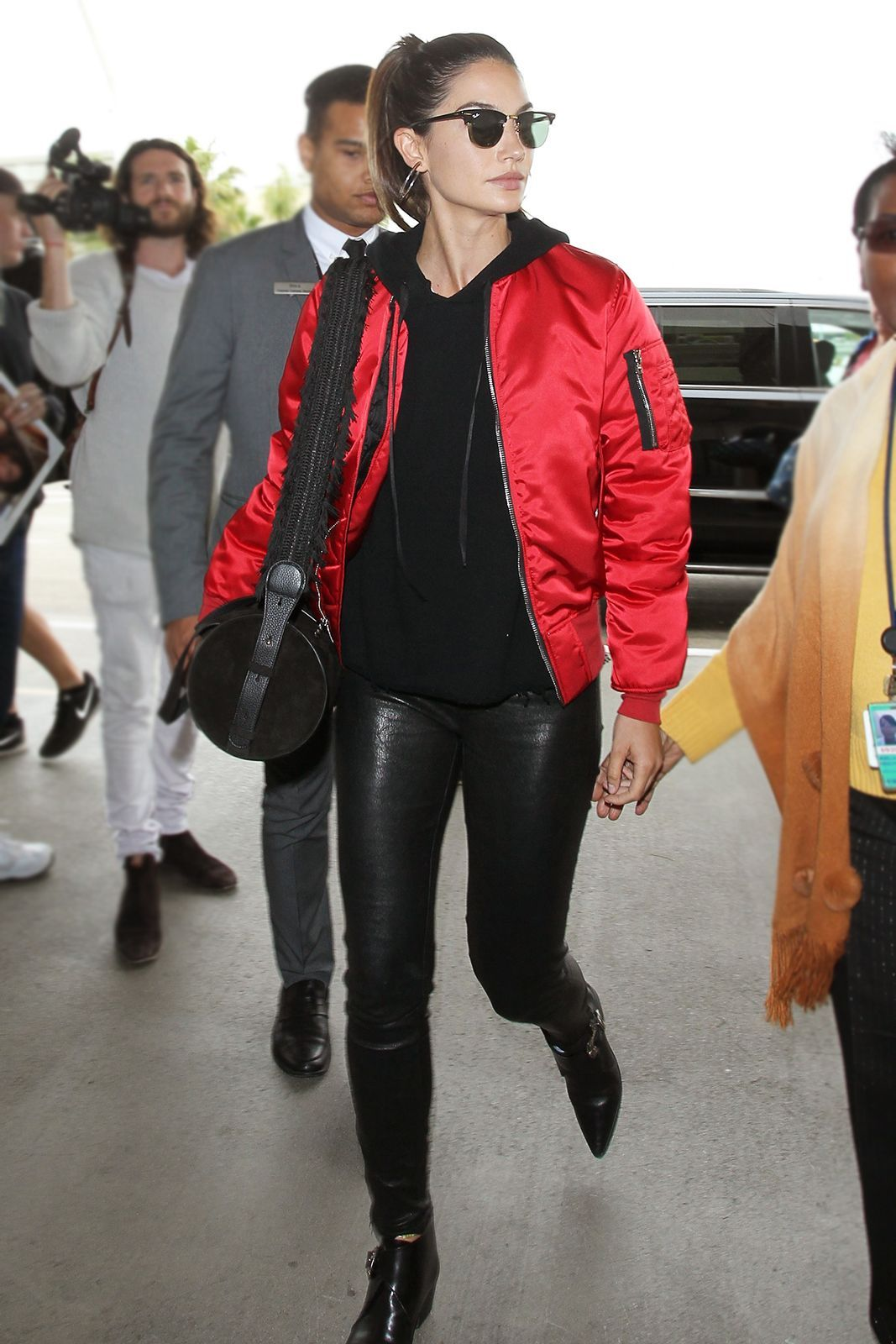 18 Celebs Remind Us That Leggings Are Pants Red Bomber Jacket Red Bomber Jacket Outfit Bomber Jacket [ 1600 x 1067 Pixel ]