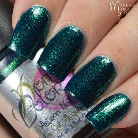 """Sea Creature Fantasies """"Sea creature fantasies"""" is part of """"Let's Get Acquainted"""" premier Artisan Nail Glaze Collection made by Domani Color.  It is a blue green sparkly goodness, with iridescent color shift sparklies, shifting from  gold, to green, to blue. Depending on the type of application, 2 to 3 coats might be required for full coverage."""