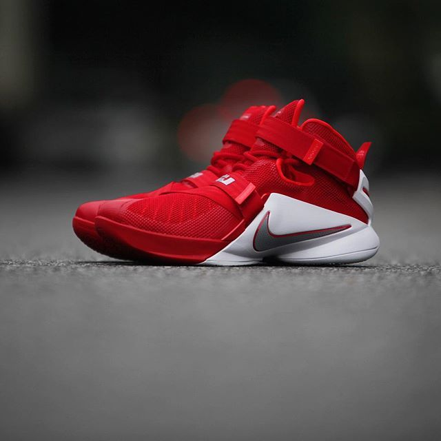 06268fc76bd9 Nike Soldier 9 Ohio State (1)