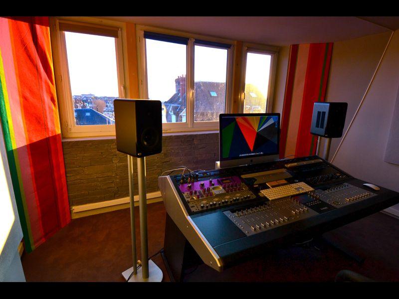 Sterling Modular Multi Station Avid Euphonix Artist Series Desk