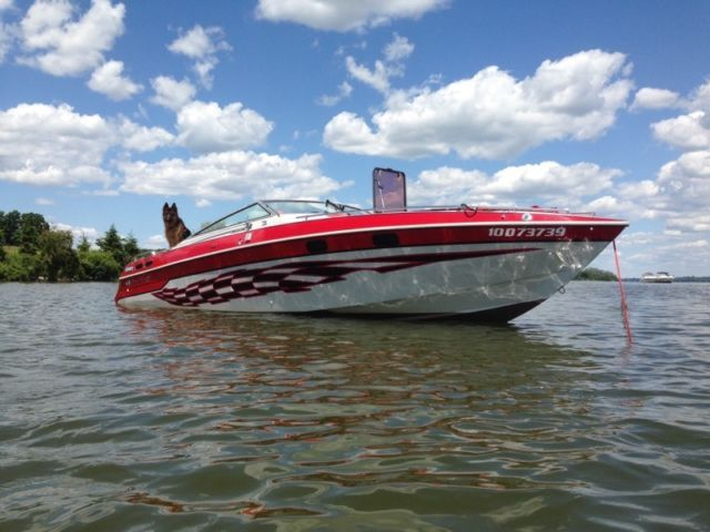 26 Foot Chris Craft Stinger With Trailer