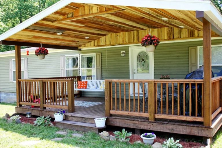 Pin By Talia Alanis On Porches In 2020 Rustic Front Porch Decks And Porches Covered Decks