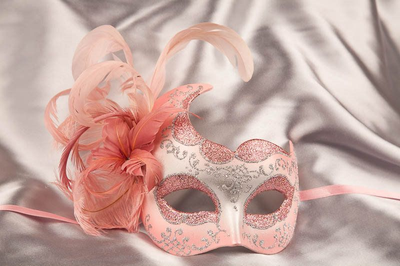 How To Decorate A Mask For A Masquerade Ball French Club Should Totally Do A Masqueradeone Of The Events Can