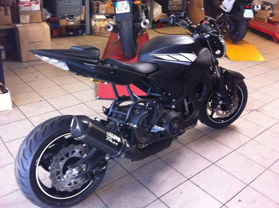 yamaha tmax 500 wow talk about re designing bikes. Black Bedroom Furniture Sets. Home Design Ideas