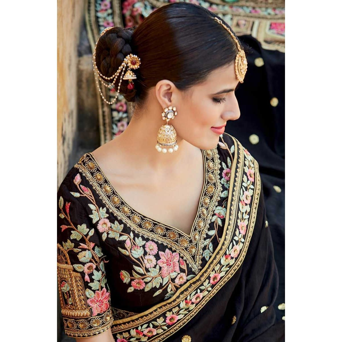 9a9812f1f0 Saree online collection, Black And Beige net asian festival sari, v neck  blouse now in shop. Andaaz Fashion brings latest designer ethnic wear  collection in ...
