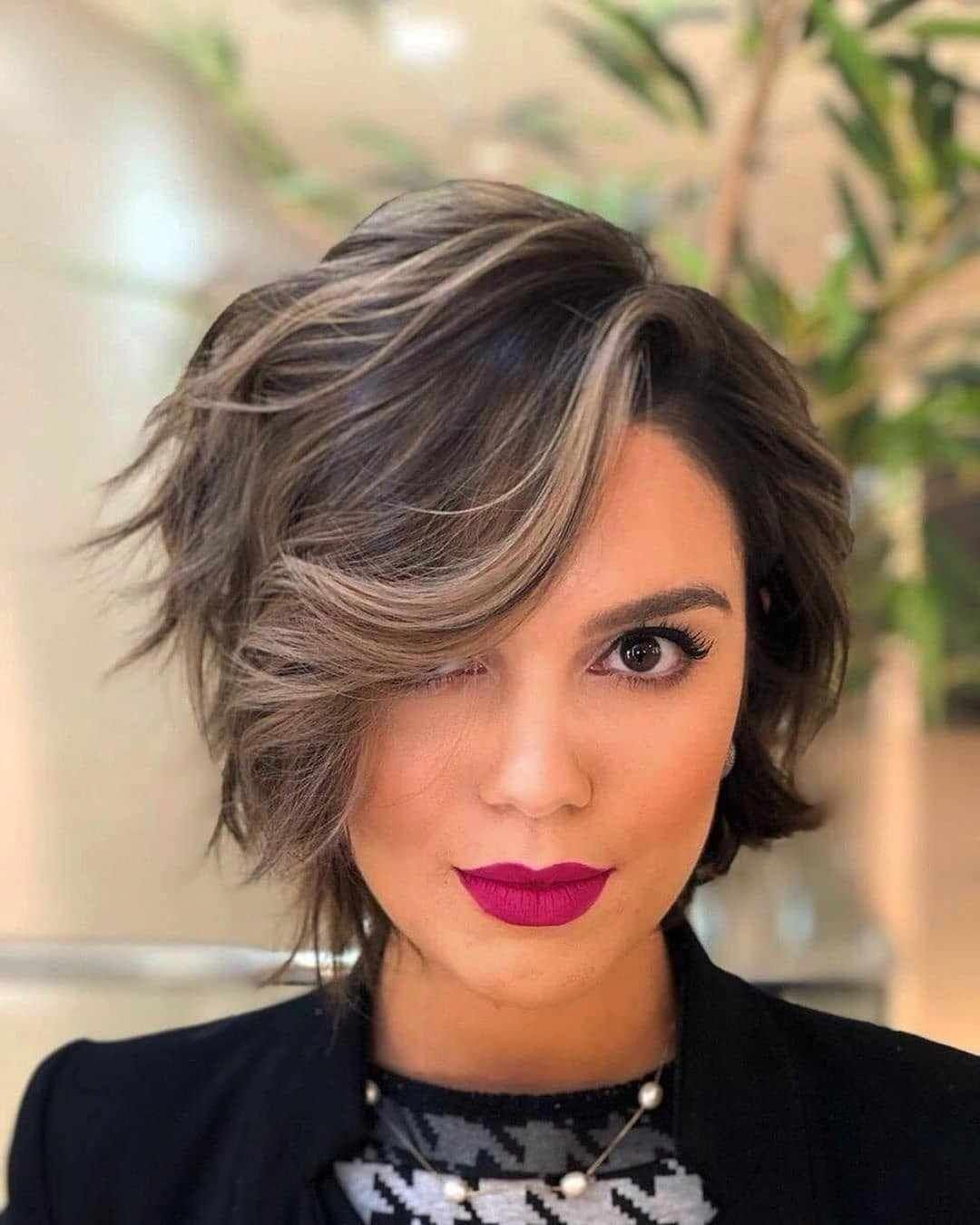 30+ Latest Modern Short Hairstyles 2019 - Pixie & Bob Short Haircuts #Shorthairbob #shortstyles