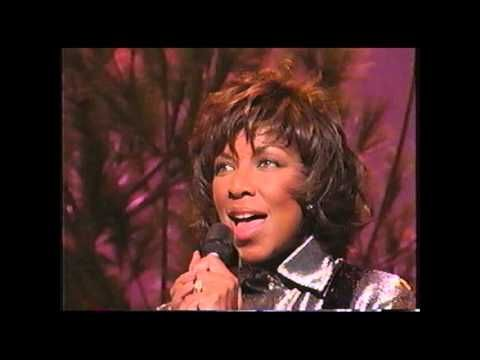 The First Noel - Natalie Cole. More First Noel music and lyrics at #LearnYourChristmasCarols ...
