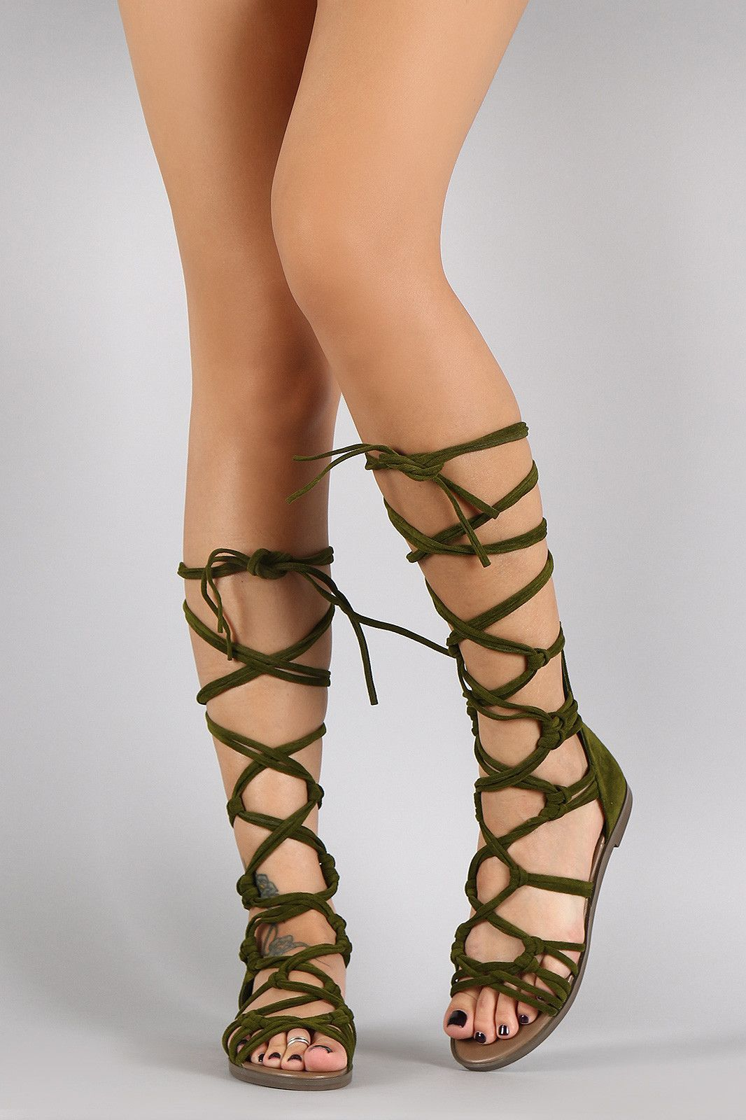 854dd5eabcabd Breckelle Strappy Knotted Lace Up Gladiator Flat Sandal